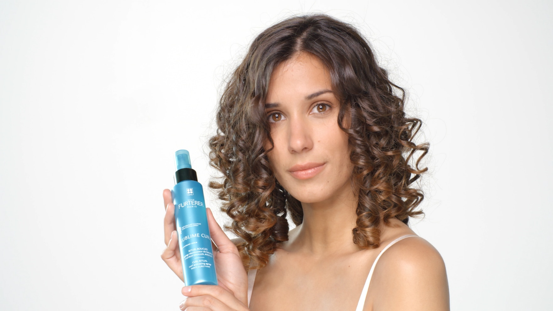 Karite Sublime Curl Spray Application