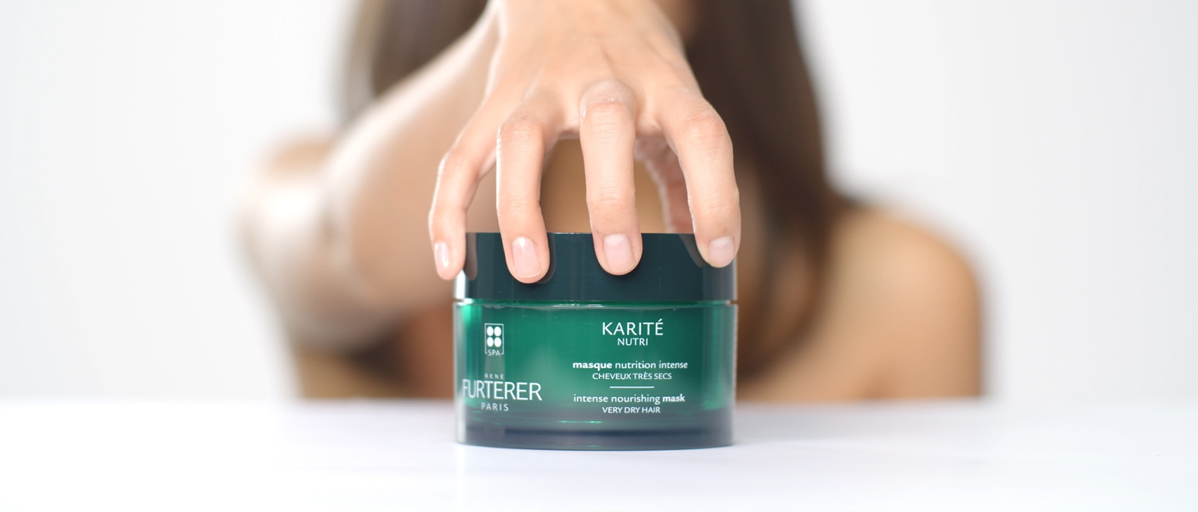 KARITÉ NUTRI masque Nutrition intense pot video application  | René Furterer